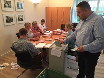 Über 7800 Briefwähler haben von ihrem Briefwahlrecht gebraucht gemacht.