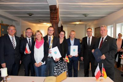 Sontra besiegelt Städtepartnerschaft mit polnischer Gemeinde Łącko