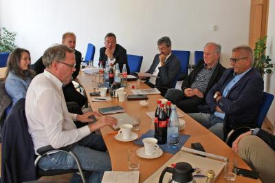"""Vorschaubild zur Meldung: """"Fahrrad-Gipfel"""" mit dem Landtagsabgeordneten Dr. Albrecht Schütte"""