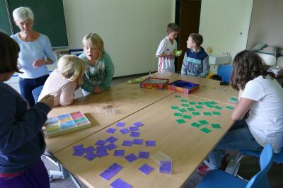 Foto zur Meldung: Neues Mobiliar im Mathematikraum