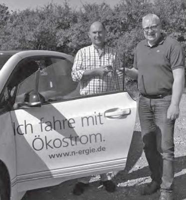 Vorschaubild zur Meldung: Gemeinde Biebelried testet Elektromobilität