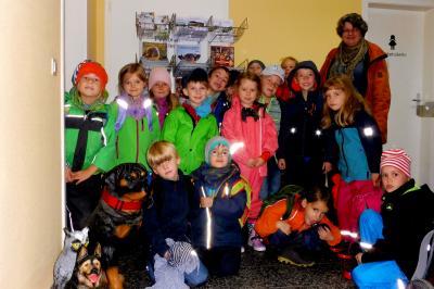 Foto zu Meldung: Besuch der 1. Klasse der Grundschule Panketal