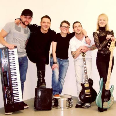 Foto zur Meldung: Rockgottesdienst in Niemegk - C.a.m.m.b.a.s aus Luckenwalde spielt am 15.10. im Jugendgottesdienst