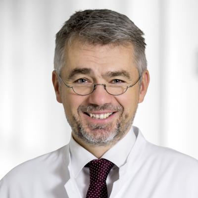 Dr. med. Benjamin Bereznai, Chefarzt der Neurologie des Evangelischen Krankenhaus Dierdorf/Selters
