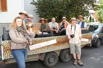 Vorschaubild zur Meldung: Auf Safari: Oberneisen verlegt Kirmesumzug in die freie Wildbahn