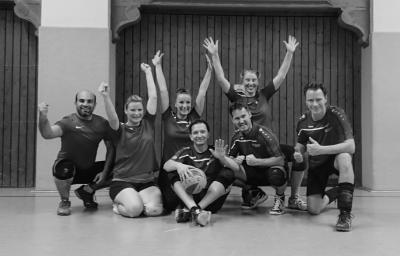 Foto zur Meldung: Hobby-Mix-Liga Volleyball
