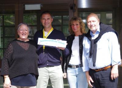 """Foto zur Meldung: Auszeichnung """"Sportfreundliche Schule"""" für LBZH Braunschweig"""
