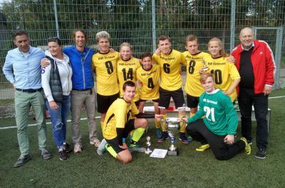 Foto zur Meldung: 5.Deutschland-Cup im Fußball in Braunschweig