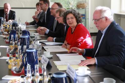 Die Vorsitzenden der LFB-Mitgliedsverbände in der Staatskanzlei