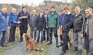 Bild: 1.Bürgermeister Stefan Busch, U. Lange, B. Färber, 2.Bürgermeister R. Hohberger & 1. Bürgermeisterin Annika Popp, W. Schaller, R. Tutsch, L. Richter, A. Rank, R.Vogel
