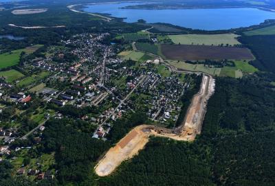 Vorschaubild zur Meldung: LMBV lud zum Tag der offenen Baustelle an den Südgraben Altdöbern