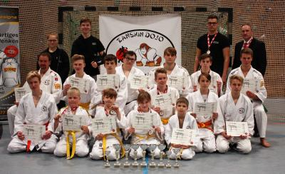 Foto zur Meldung: Mehrere Meistertitel im Kampfsport nach Vetschau geholt
