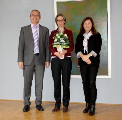 Herr Weis, Frau Dr. Peters, Bürgermeisterin Frau Göbelbecker