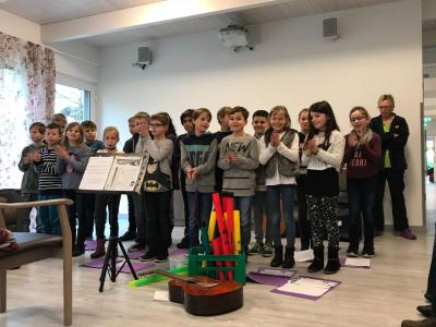 Foto zur Meldung: Singen in der ASB Tagespflege