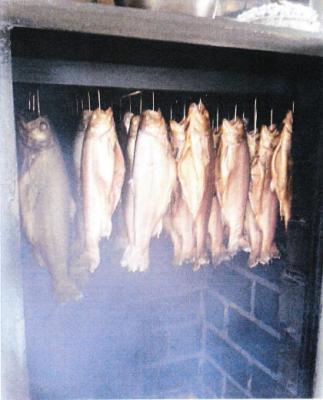 Foto zur Meldung: Geräucherte Forellen zum Adventsmarkt in Sülstorf