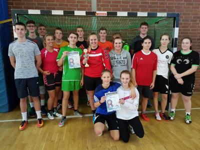 Foto zur Meldung: Drei Podiumsplätze für die Handballer der IGS