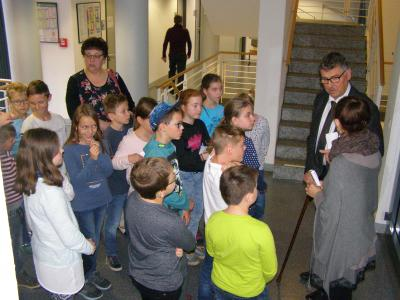Vorschaubild zur Meldung: Schüler treffen Landrat