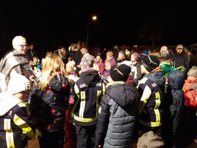 Foto zu Meldung: Lampionumzug in Grafhorst mit großer Beteiligung
