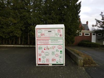 Foto zur Meldung: Sammelcontainer für Elektrokleingeräte