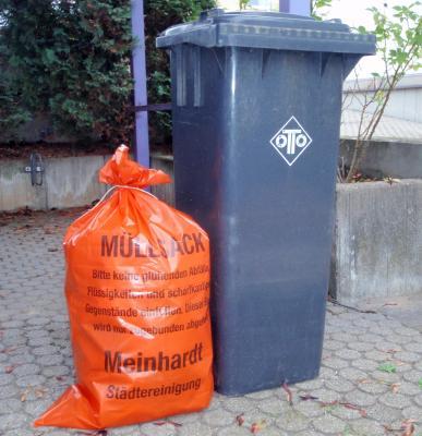 Foto zu Meldung: Der Müllabfuhrkalender 2018 ist da!