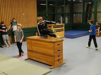 Vorschaubild zur Meldung: Freitags Parkour-Training startet erst am 01. Dezember