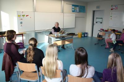 Foto zur Meldung: Der 17.11.2017 - auch an unserer Schule ein ganz besonderer Tag: Der Bundesweite Vorlesetag