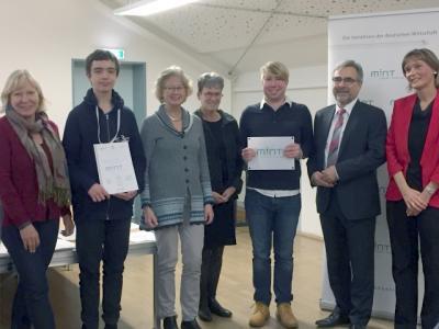 Foto zur Meldung: Auszeichnung als MINT-freundliche Schule 2017!!!!