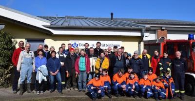 Foto zu Meldung: Borgwedel reinigt das Dorf