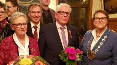Foto zur Meldung: Germania - Bundesverdienstkreuz für Willi Rübke