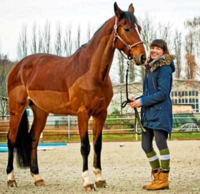 Die gebürtige Mühlhäuserin Vanessa Sagert möchte zu Weihnachten eine Stunde Zeit mit ihrem Pferd verschenken. Foto: Daniel Volkmann/ TA