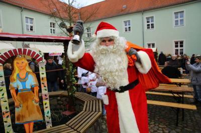 Vorschaubild zur Meldung: Auf zum Weihnachtsmarkt nach Gransee