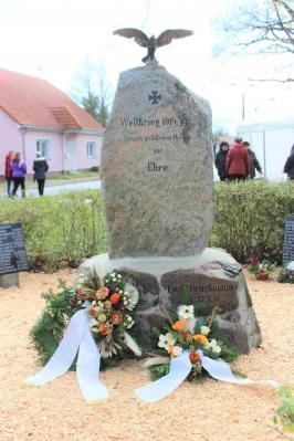 Denkmal Dornswalde Einweihung