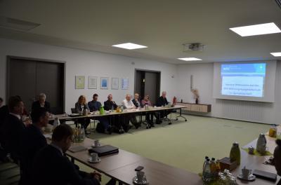 """Foto zur Meldung: Wirtschaftsrat OSL zu Gast bei den """"Machern"""""""