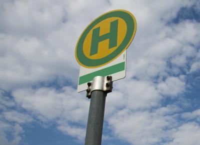 Verlegung von Bushaltestellen im öffentlichen Nahverkehr
