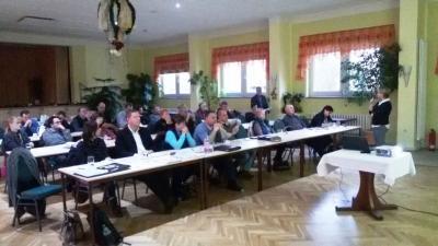 Schulungsteilnehmer informieren sich zu Leistungen der SVLFG
