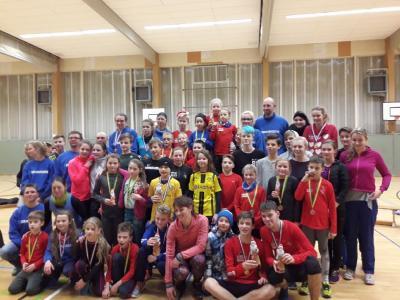 Foto zur Meldung: Jubiläums Lichterpaarlauf glich einem Sport-Fest