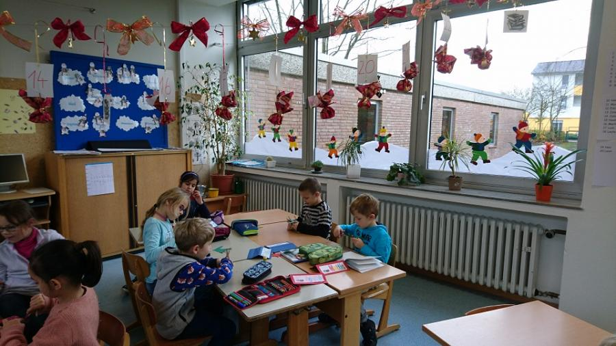 Adventsbasteln In Der F Grundschule Asemissen