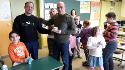 Foto zur Meldung: Adventsfeier für Eltern und Kinder des Intensivkurses Deutsch