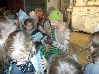 """Foto zur Meldung: Wenn die Grundschule Husby """"zur Stadt fährt"""", ..."""