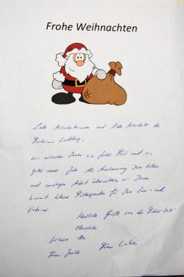 Foto zu Meldung: Vorweihnachtliche Bescherung