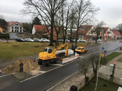 Voraussichtlich ab Freitagmittag kann der Verkehr wieder durch die Falkenhagener Straße rollen