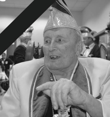 Josef Pecher - Ehrenpräsident und Gründungsmitglied des GCC Blau-Weiß