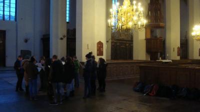 Foto zur Meldung: Kunstunterricht in der Stralsunder Marienkirche