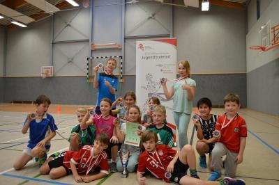 Foto zur Meldung: Kreisfinale im Zweifelderball in Schipkau