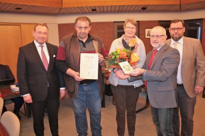 Foto zu Meldung: Bürgerpreis für Karin und Bodo Sulfrian