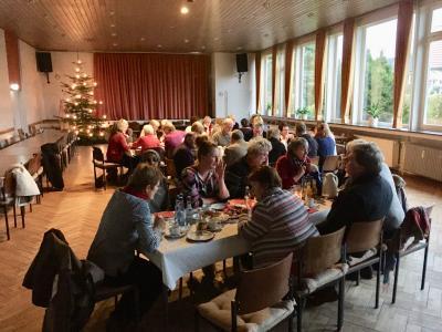 Foto zur Meldung: Weihnachtsfeier für ehrenamtliche Flüchtlingshilfe in der Samtgemeinde Velpke