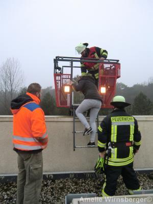 Foto zur Meldung: Seltene Gelegenheit für Bispinger Feuerwehren