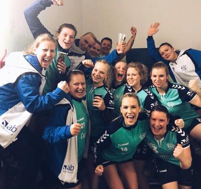 Foto zur Meldung: 1. Frauen - Auswärtssieg...Auswärtssieg...Auswärtssieg!