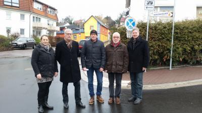 Von links: Stadträtin Rosalie Bock, Stadtrat Herbert Backes, Bauamtsleiter Michael Slabon, Stadtrat Helmut Reich und Bürgermeister Klemens Olbrich