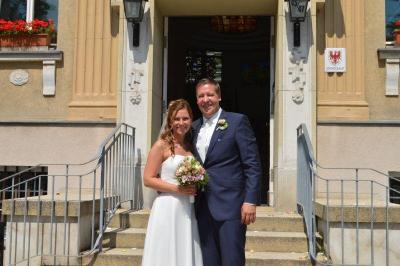 Auch das glückliche Paar Monique und Pierre Lorenz aus Wustermark traute sich in 2017 und beschloss im Falkenseer Standesamt die Ehe.